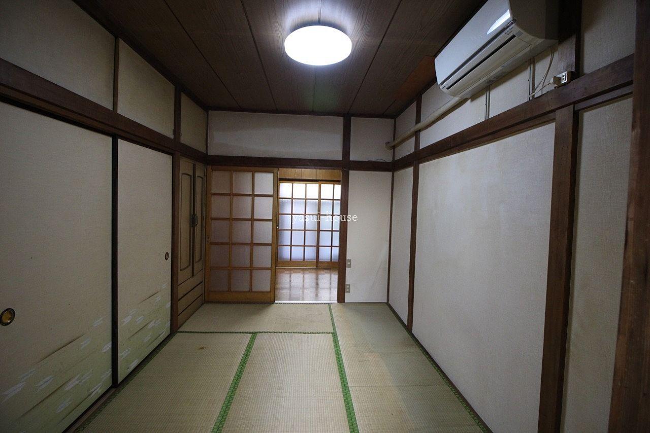 1階和室 台所から撮影