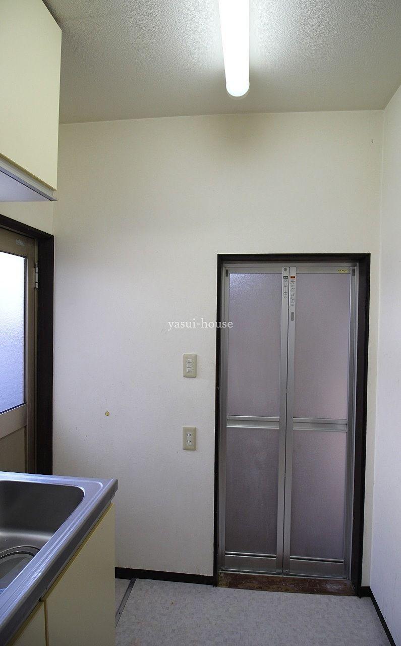 風呂・トイレ入口