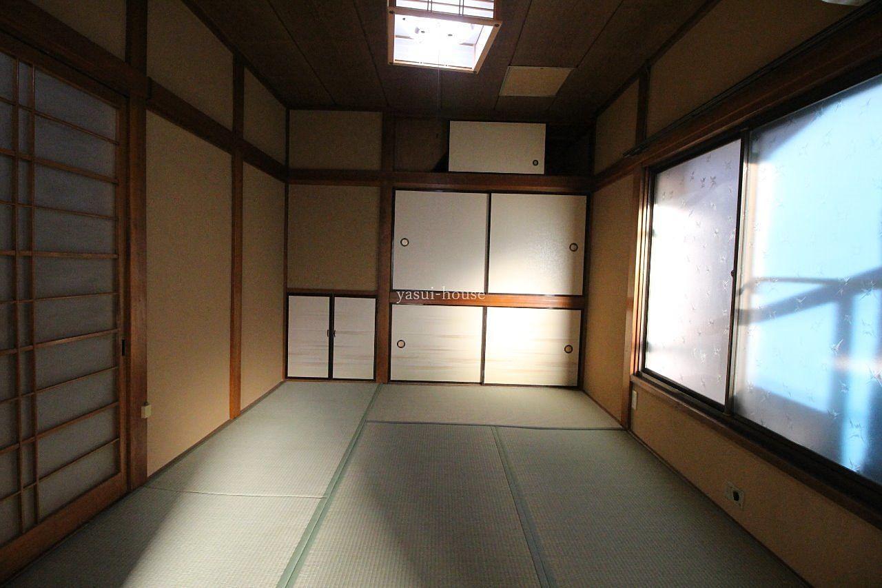 和室6.0 物入と天袋付き押入