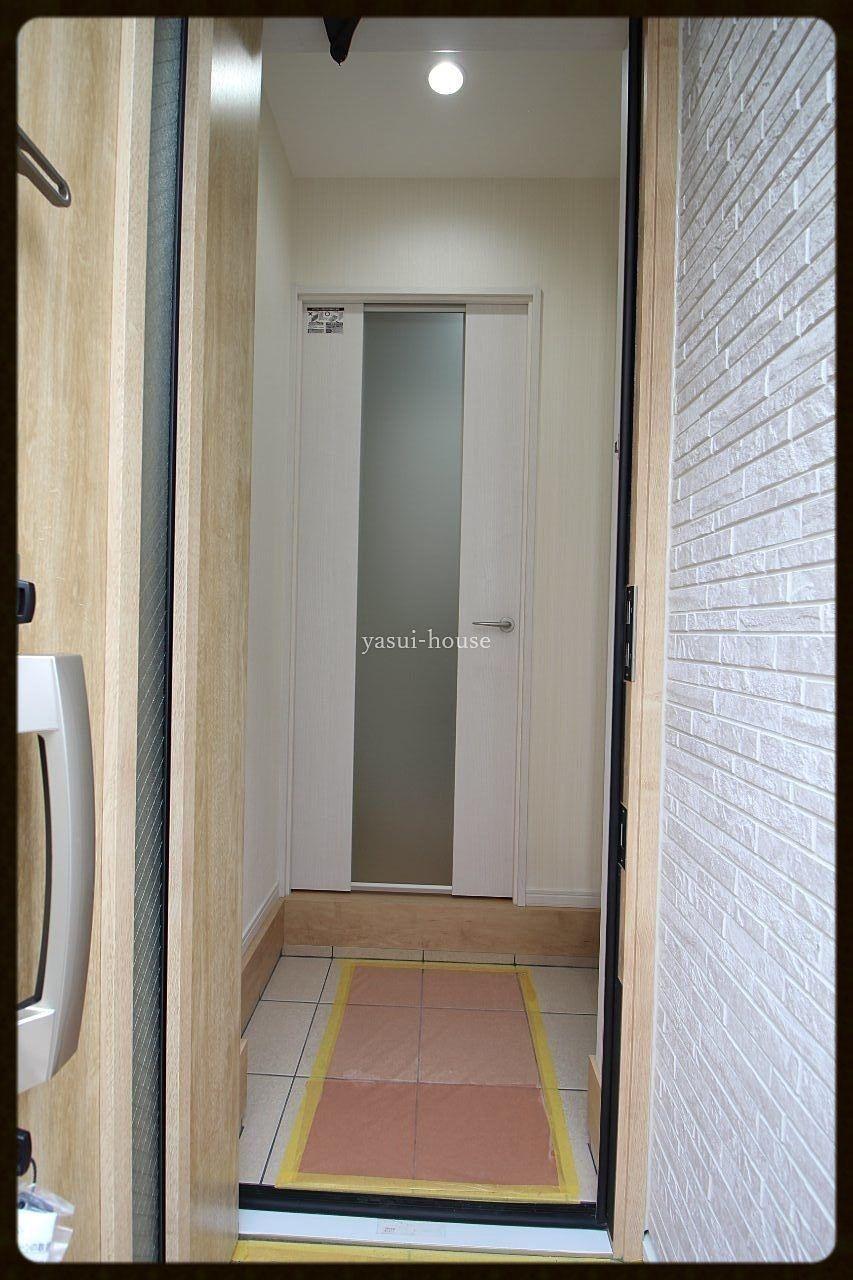 玄関入ってすぐドアがある「一戸建て」