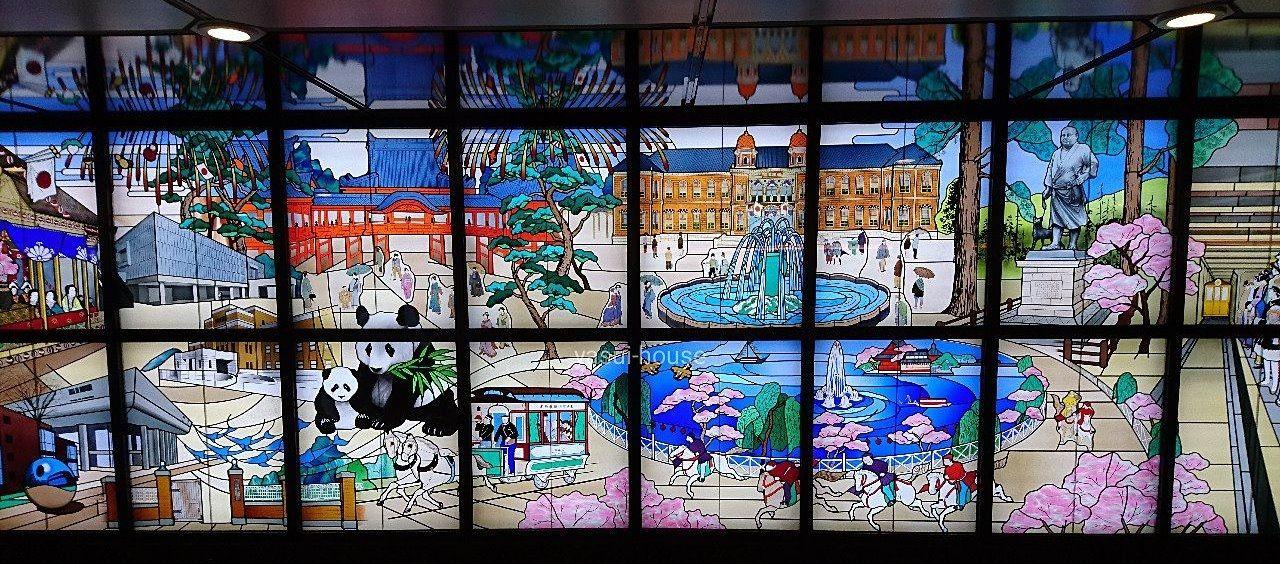 ステンドグラス「上野今昔物語」 @東京メトロ上野駅